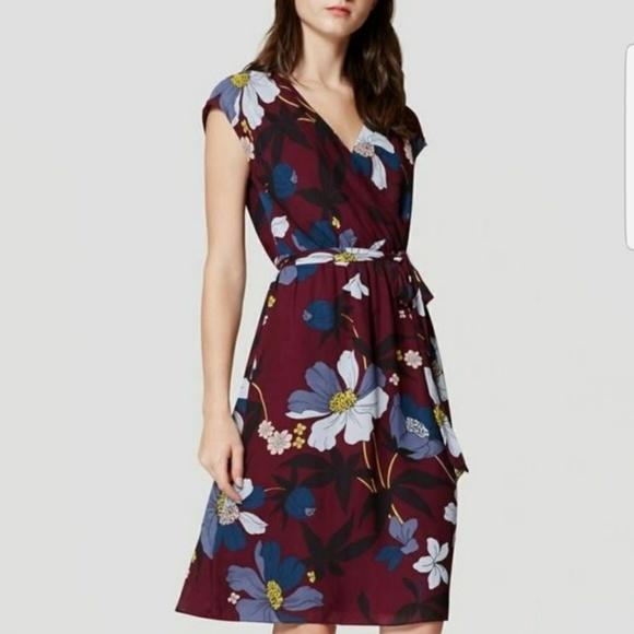 d93483e067 LOFT Dresses   Skirts - LOFT FLORAL FAUX WRAP DRESS